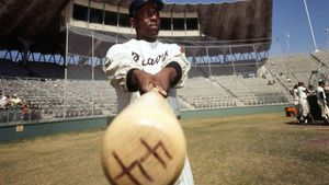 Hammerin' home to Heaven: Hank Aaron passes at 86