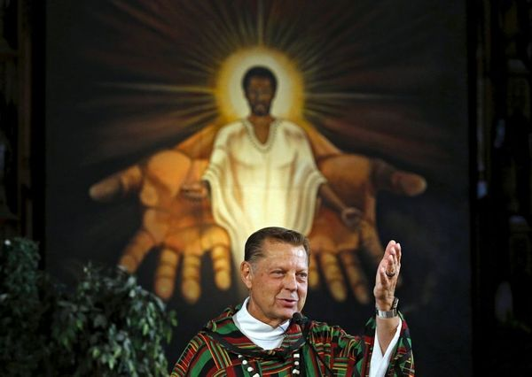 Saint Sabina to hold pro-Pfleger protest of Cardinal Cupich on Wednesday